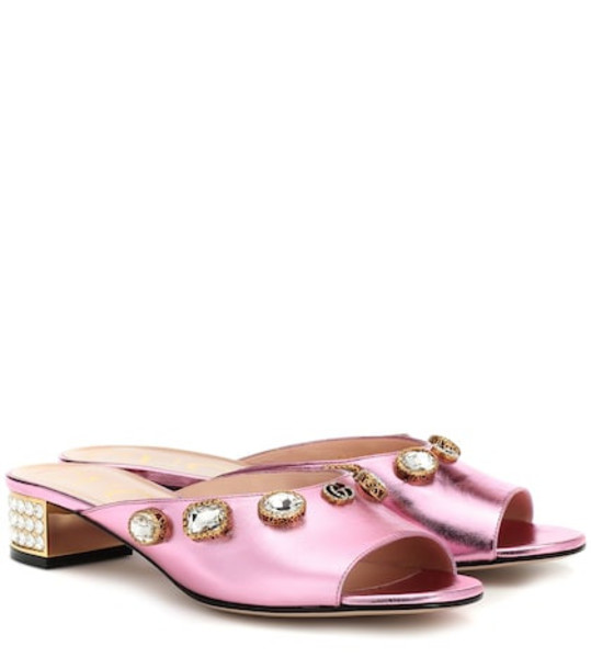 Gucci Embellished leather sandals in pink