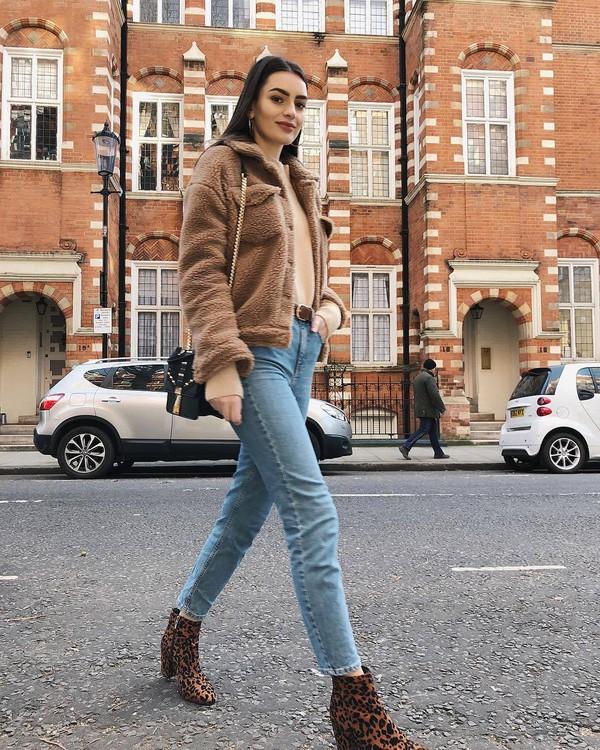 jacket teddy jacket leopard print ankle boots straight jeans black bag top long sleeves belt