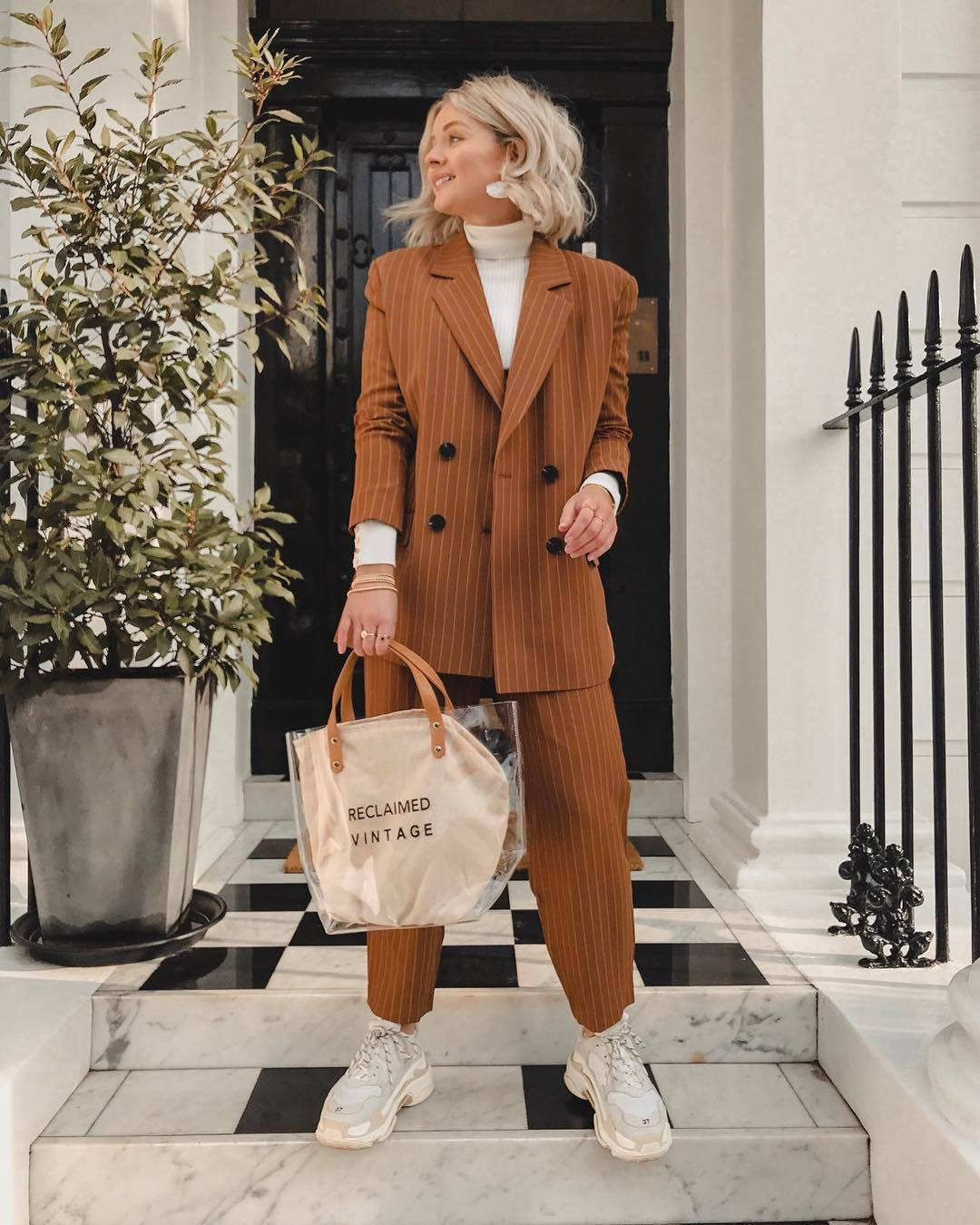 jacket blazer double breasted oversized pants high waisted pants straight pants white sneakers pvc bag white turtleneck top