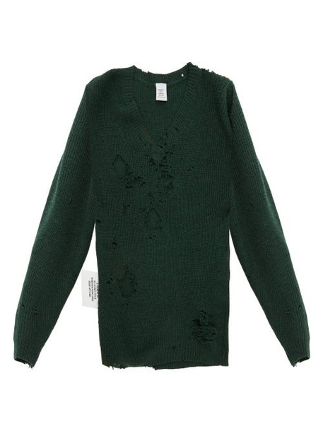 Vetements - Distressed V Neck Sweater - Womens - Green