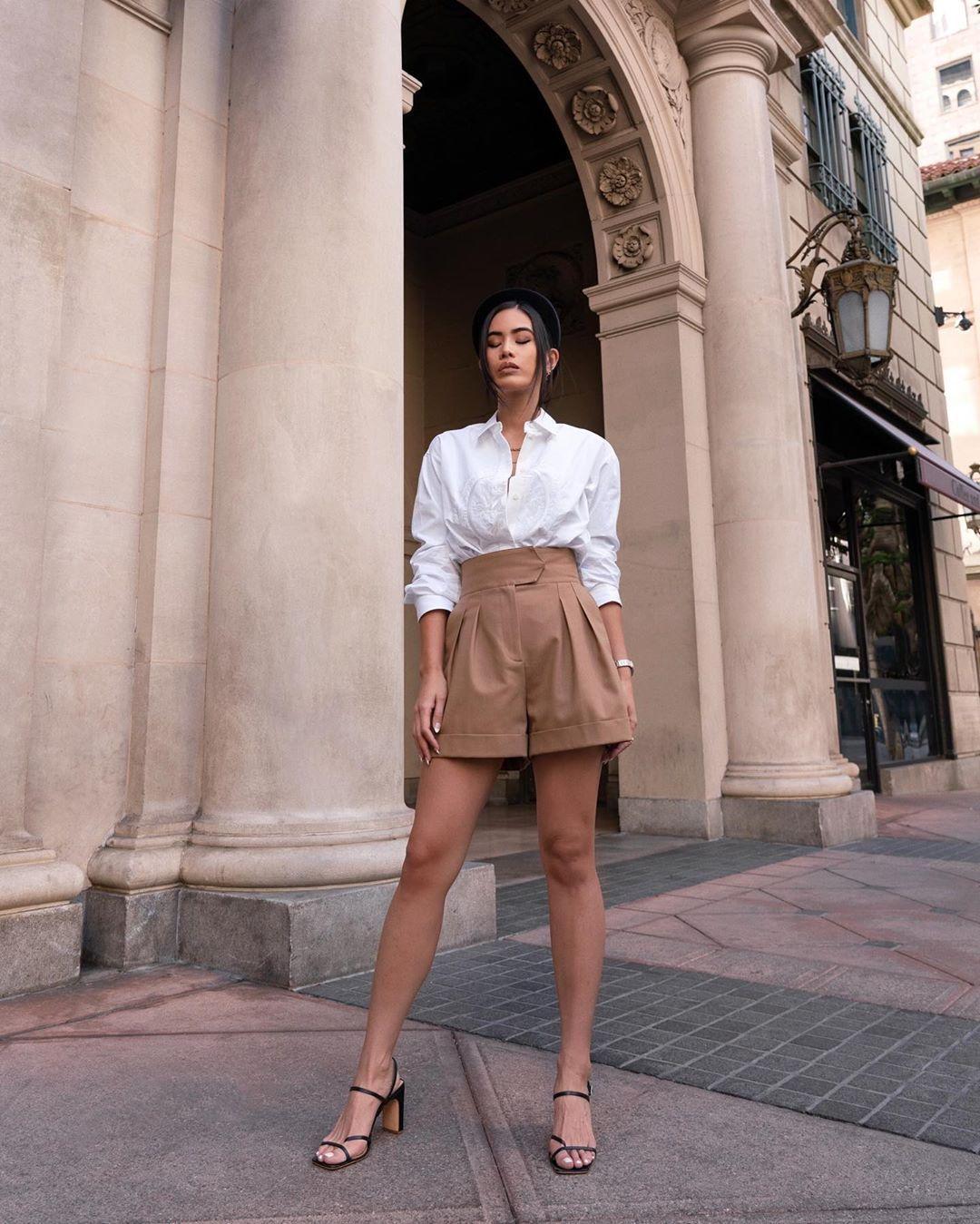 shorts High waisted shorts pleated black sandals white shirt