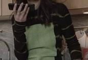 sweater,bella hadid