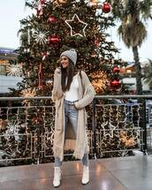 jeans,straight jeans,cropped jeans,white boots,heel boots,lace up boots,long cardigan,grey cardigan,white turtleneck top,knit,hat,brown bag
