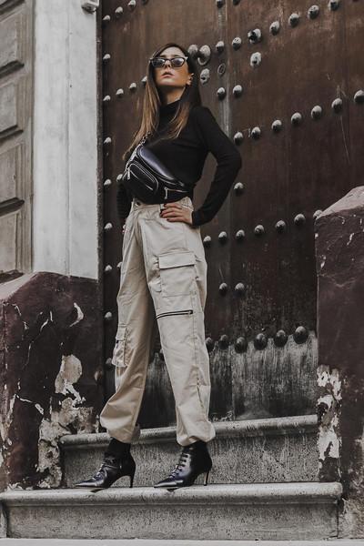 shoes and basics blogger top pants shoes cargo pants belt bag