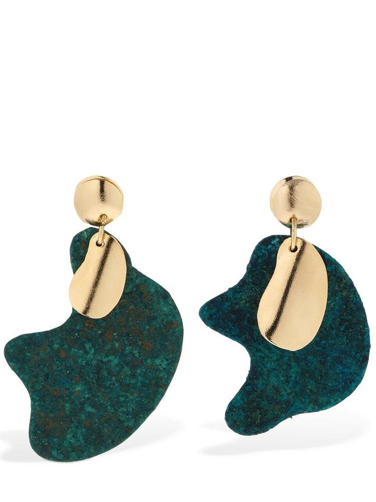 VANDA JACINTHO Organic Shape Earrings in blue / gold