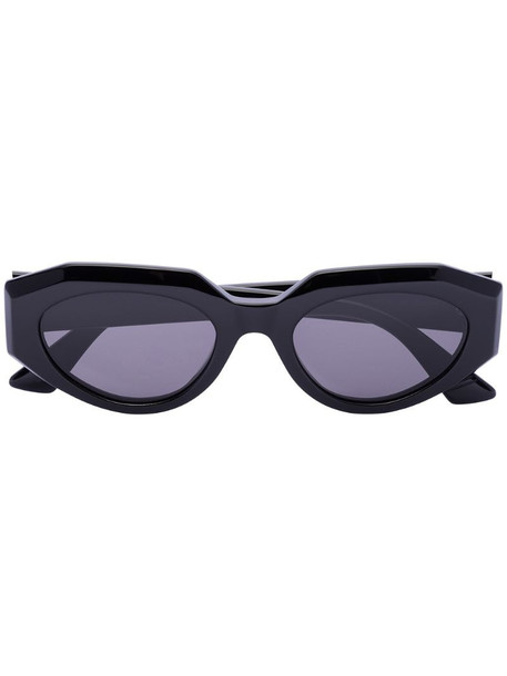 Bottega Veneta Eyewear oval sunglasses in black