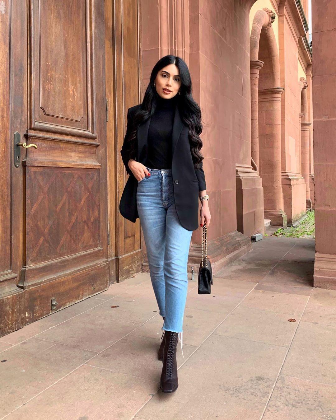 jacket black blazer ankle boots high waisted jeans skinny jeans black turtleneck top black bag