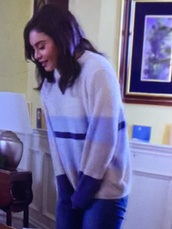 sweater,blue,cream,white,jumper,vanessa hudgens