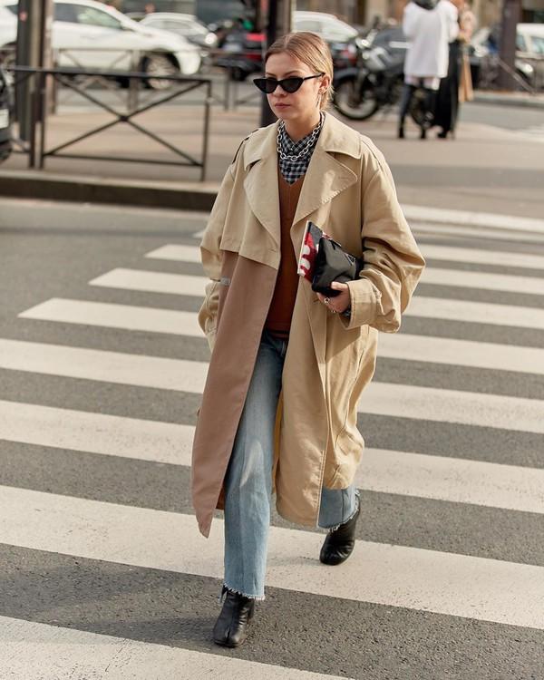 coat oversized coat straight jeans black boots sweater shirt