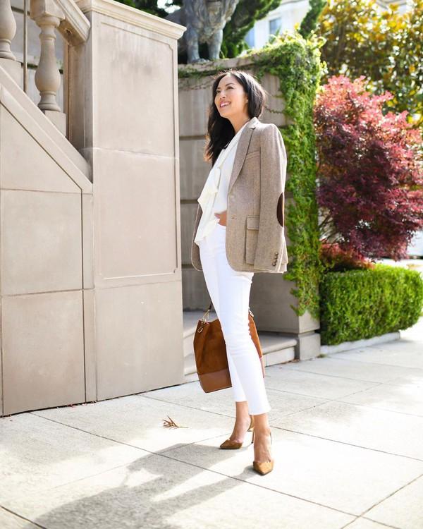 jacket blazer slingbacks white jeans white shirt brown bag