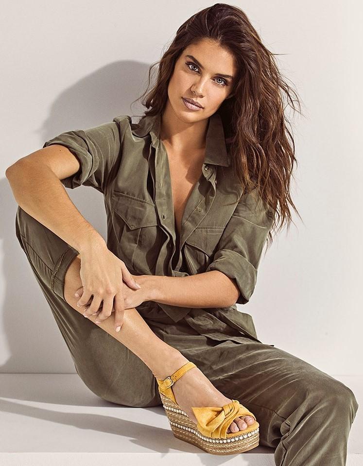 shoes wedges platform sandals yellow sara sampaio model instagram