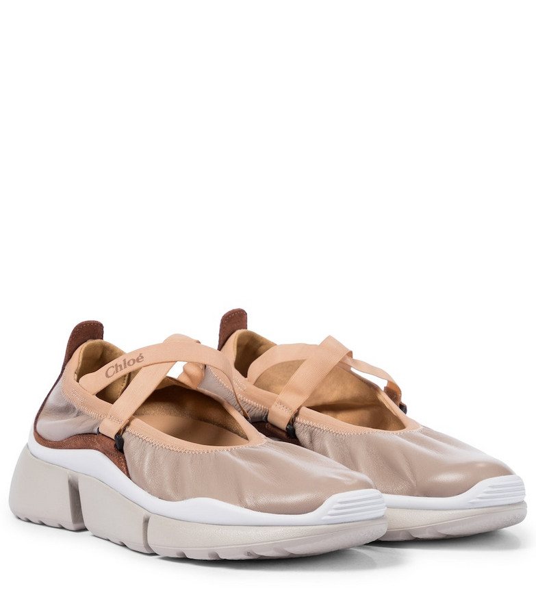 Chloé Sonnie leather ballet flats in pink