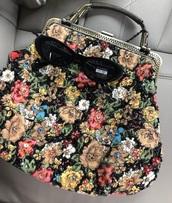 bag,black,purse,multicolored flowers,beaded,shoulder bag,vintage,metal clamp