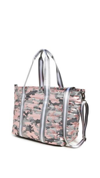 Think Royln Wingman Bag in pink