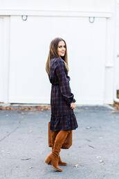 dress corilynn,blogger,dress,shoes,bag,brown suede boots,brown boots,fall outfits,boots,fall colors