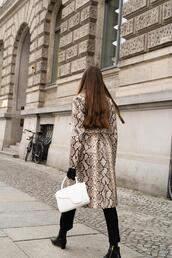 oliviakijo,blogger,coat,pants,bag,jewels,gloves,shoes