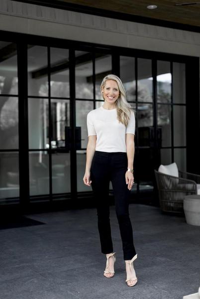 krystal schlegel blogger pants top sweater jewels shoes
