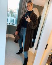 coat,brown,fur,fur coat,faux fur,rosie huntington-whiteley,instagram,winter outfits,celebrity,jeans