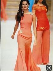 dress,yasmeen ghauri,Valentino,1993,90s style,coral,runway,catwalk,valentino dress