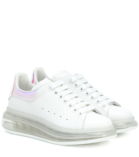Alexander McQueen Leather sneakers in white