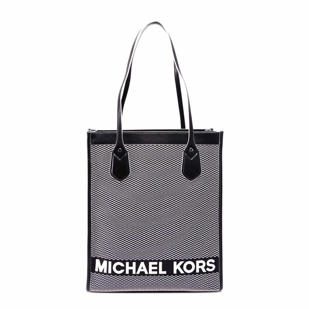 Michael Kors Bay Handbag in black