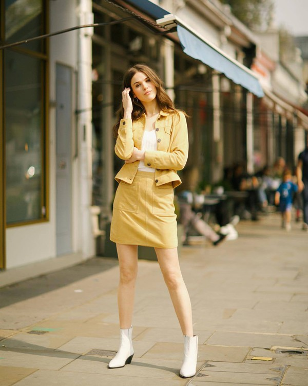 skirt mini skirt yellow skirt jacket ankle boots white boots white t-shirt