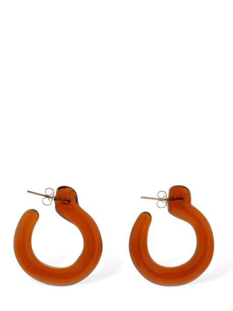 ANNIKA INEZ Small Glassy Hoop Earrings in brown