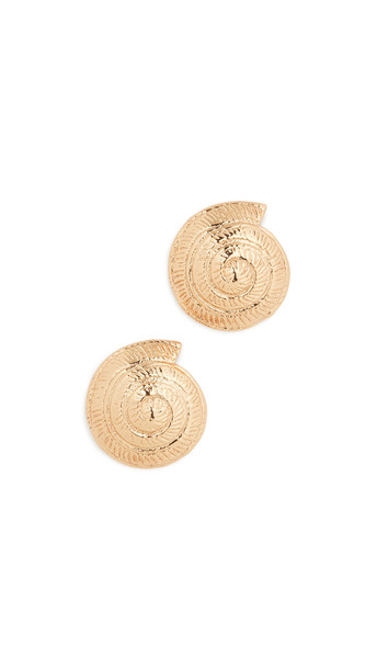 Tohum Archi Shell Earrings in gold
