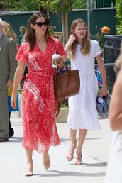 dress,Jennifer Garner,celebrity,wrap dress,midi dress,red dress