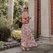 skirt,pleated skirt,floral skirt,mules,t-shirt,bag