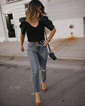 top,black top,denim,jeans,pumps,work outfits