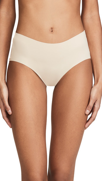 Wacoal Flawless Comfort Hipster Panties in sand