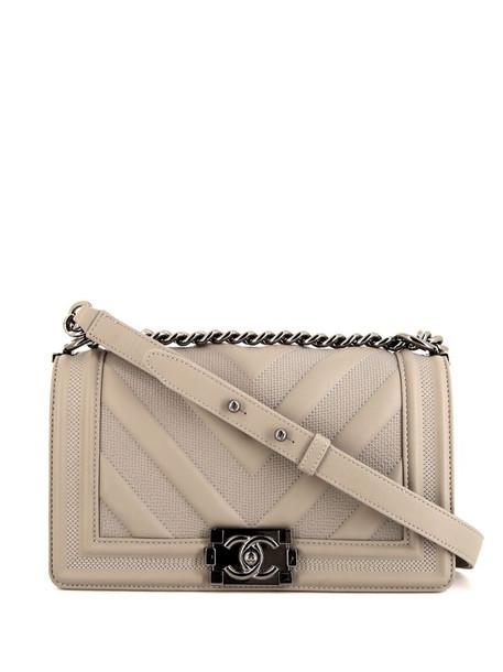 Chanel Pre-Owned Boy shoulder bag in grey