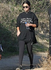 sweater,hoodie,casual,leggings,black,selena gomez