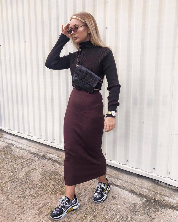 skirt midi skirt bodycon skirt sneakers cropped turtleneck crossbody bag