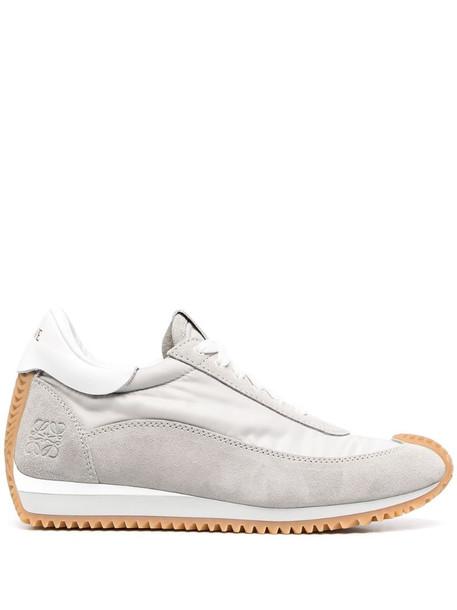 LOEWE lace-up low-top sneakers in grey