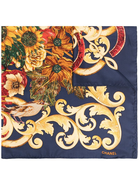 Chanel Pre-Owned 1990s baroque floral-print scarf in blue