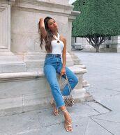 top,white top,sandal heels,high waisted jeans,snake print,bag