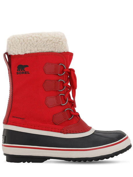 SOREL Winter Carnival Boots in red