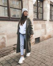 jeans,mom jeans,sneakers,long coat,white hoodie,beanie,bag