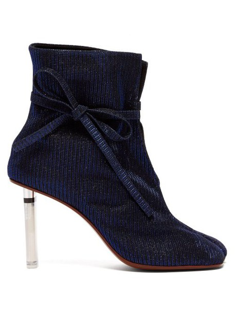 Vetements - Geisha Split Toe Lighter Heel Ankle Boots - Womens - Navy