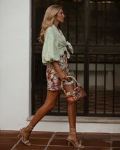shorts,floral,dolce and gabbana,sandal heels,crop tops,puffed sleeves