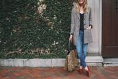 kelly in the city - a preppy chicago life,style and fashion blog,blogger,bag,jacket,shoes,jeans,tank top