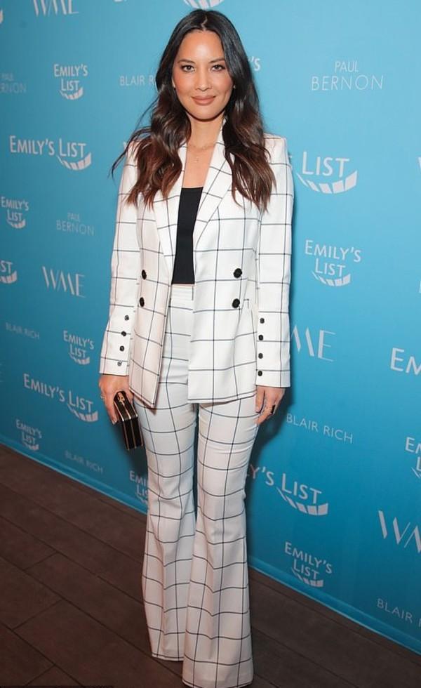 jacket suit celebrity flare pants olivia munn black and white top blazer