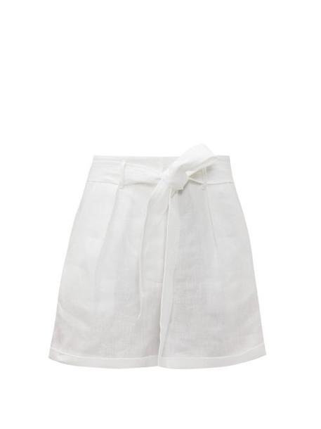Loup Charmant - Tellin High Rise Linen Shorts - Womens - White