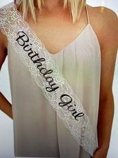 dress,nude v neck