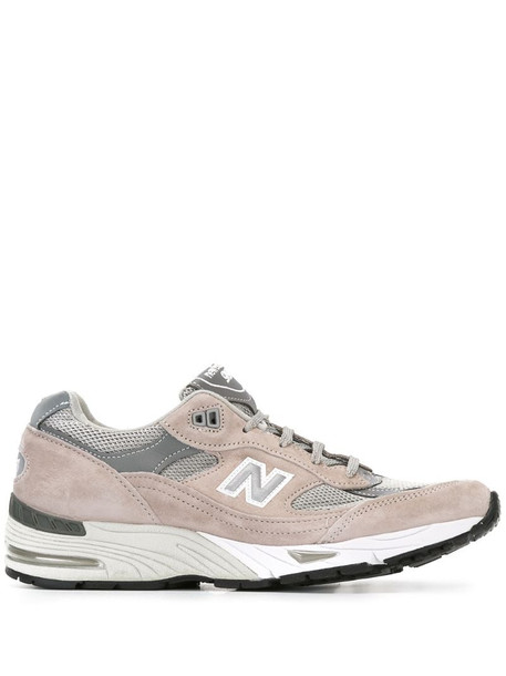 New Balance panelled sneakers in grey