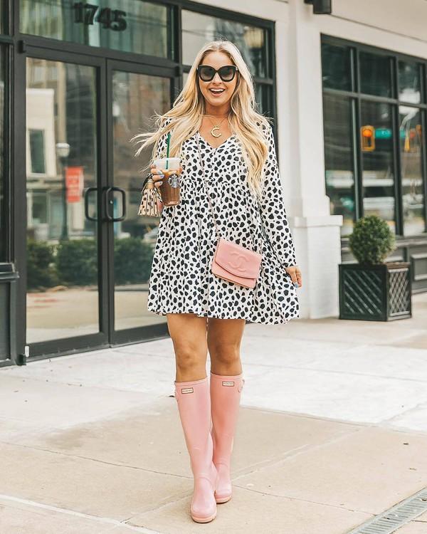 dress mini dress black and white long sleeve dress flat boots knee high boots chanel bag pink bag