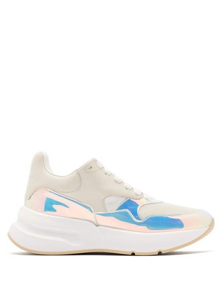 Alexander Mcqueen - Runner Raised Sole Low Top Leather Trainers - Womens - White Multi