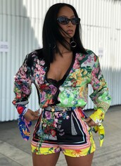shorts,colorful,blouse,top,draya michele,celebrity,floral